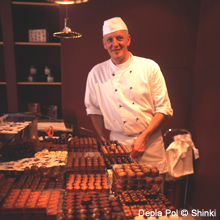 こだわりのチョコレート職人、デプラ・ポール氏